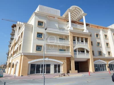 SB | Pool View 1 BHK with close kitchen & Balcony