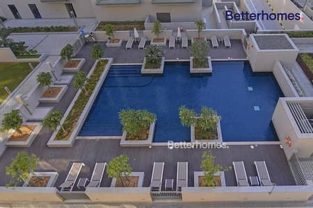 Best Deal large layout  rented pool view