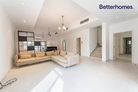 فيلا مجمع سكني 4 غرف نوم للبيع في الصفا، دبي - Compound|Great Investment|Well Maintained