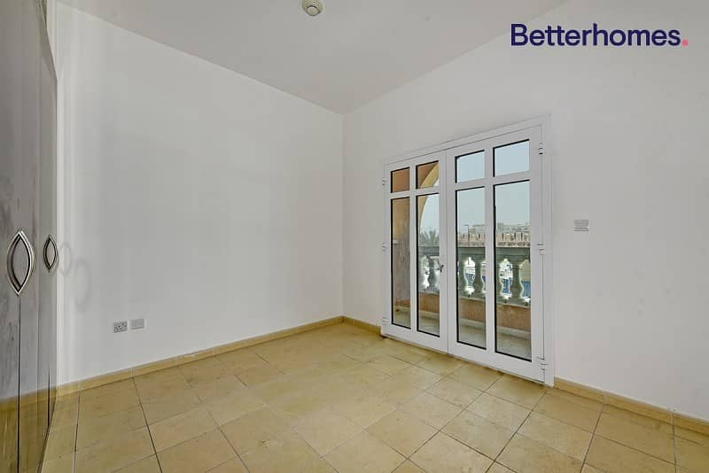 2 Corner Townhouse | 5bed + maid | Rented