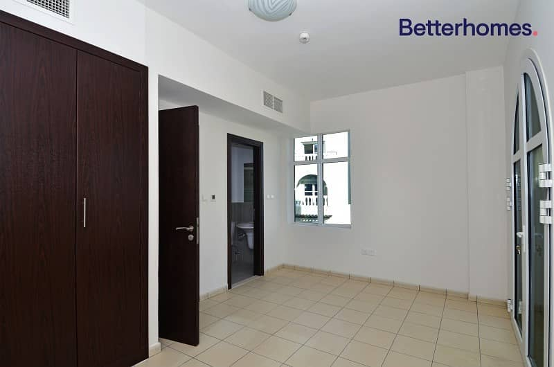 19 Corner Townhouse | 5bed + maid | Rented