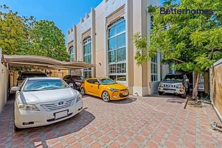 فیلا 5 غرف نوم للبيع في جميرا، دبي - 5Beds+Maid's+Molhaq|Near the Beach|Jumeirah