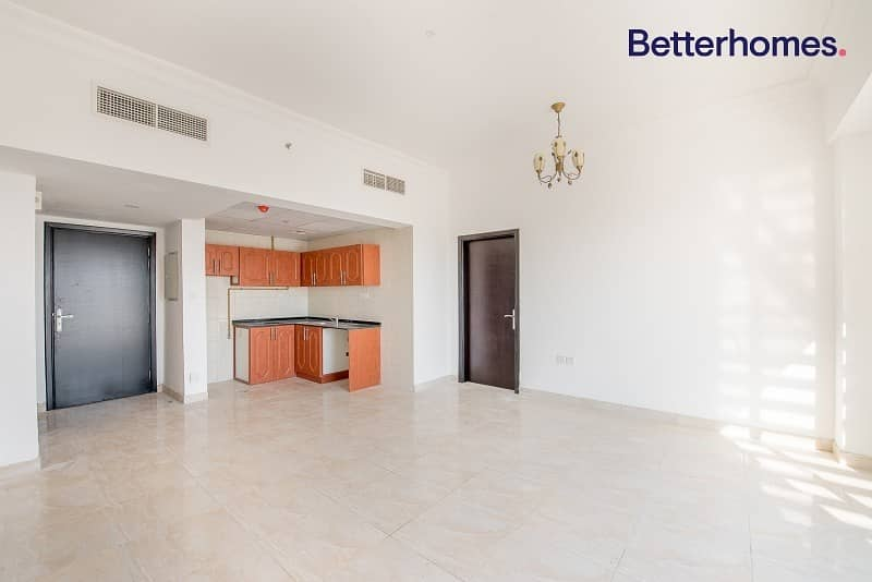 2 Large 2Bed | Villa View | Rented