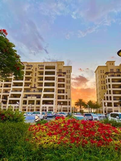 شقة 2 غرفة نوم للبيع في قرية الحمراء، رأس الخيمة - شقة في شقق الحمراء فيليج مارينا قرية الحمراء 2 غرف 680000 درهم - 4877476