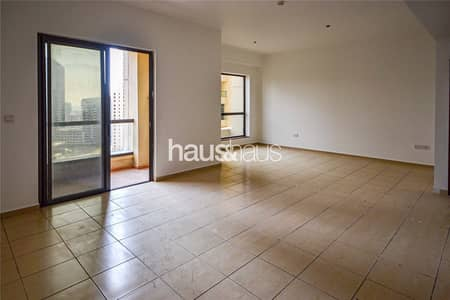 3 Bedroom Flat for Rent in Jumeirah Beach Residence (JBR), Dubai - 3 Bedrooms + Maids room| Unfurnished| Marina views