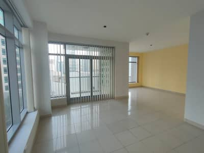 2 Bedroom Flat for Rent in Dubai Marina, Dubai - Huge Spacious - 2bedroom Apartment With Balcony - Marina View