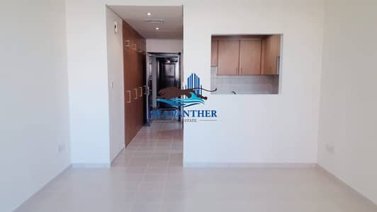 Studio for Rent in The Gardens, Dubai - STUDIO IN THE GARDENS   WITH CLOSED BALCONY CLOSED KITCHEN   CHILLER FREE