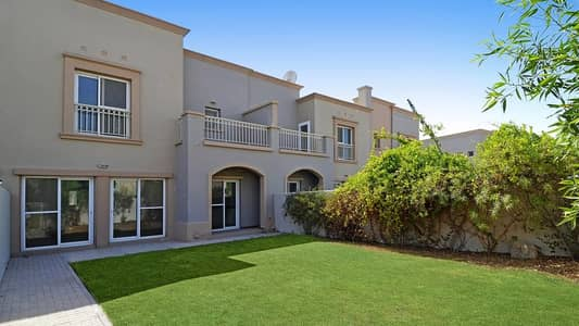 2 Bedroom Villa for Rent in The Springs, Dubai - large 2 bedrooms villa for rent in the spring 12 corner villa ready to move neat & clean with garden best location for family