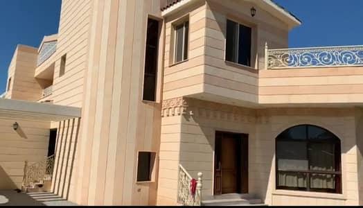 For sale villa in Sharjah / Al-Tarfa area  Super Lux finishing