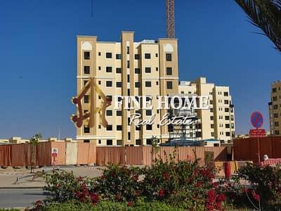 فلیٹ 2 غرفة نوم للبيع في بني ياس، أبوظبي - 2BR w Balcony+Parking Vacant Now | 0 Commission