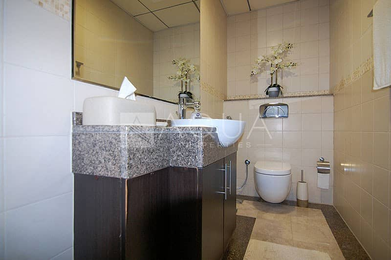 22 Marina View | Maid's Room | Fully Furnished