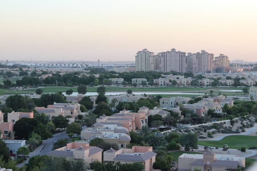 2 Large One bedroom |Golf Course View| Olympic Park 2
