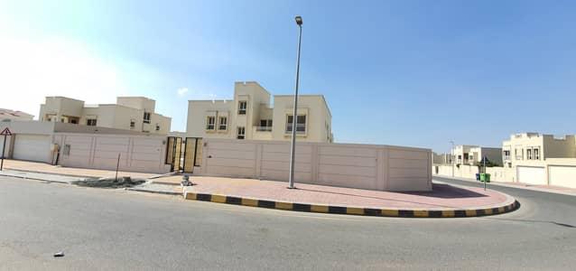 5 Bedroom Villa for Rent in Barashi, Sharjah - Biggest brand new 5bedroom villa 19000sqft rent 135k in 4chqs call 0555081789