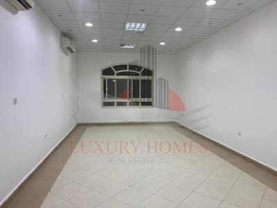 10 Bedroom Villa for Rent in Al Bateen, Al Ain - Stupendous Commercial for Business Community View