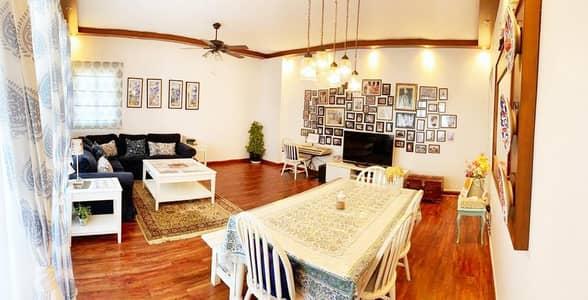 فلیٹ 3 غرف نوم للبيع في الريف، أبوظبي - 3Beds+M w/ Upgraded Closed Kitchen and Underground Parking! Wooden Floor !