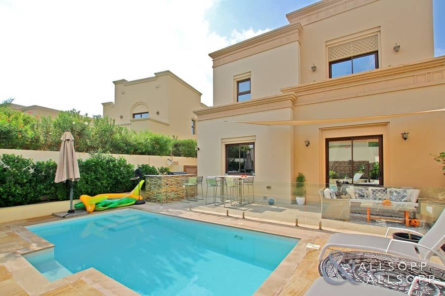 2 Exclusive   Upgraded   Private Pool   4 Bed