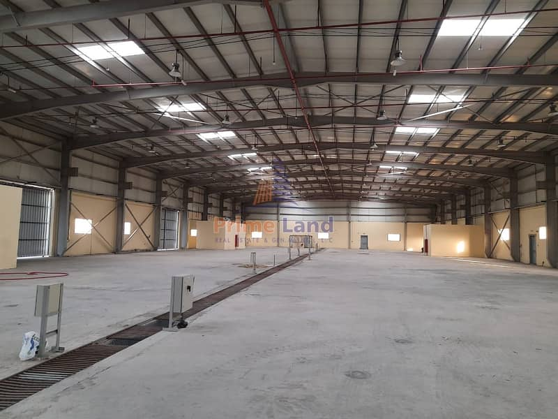 10 AED170/ Sqm - 6MW Power -With Crane - Free Open Yard