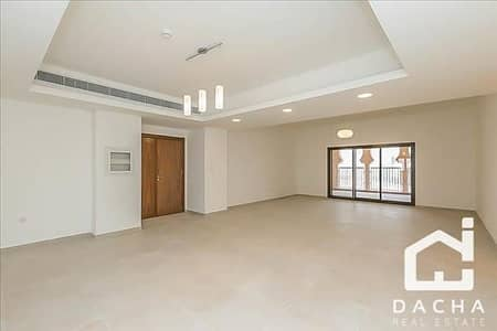 فلیٹ 4 غرف نوم للايجار في عقارات جميرا للجولف، دبي - Open Plan  /  Huge Living Room / 4 Bed