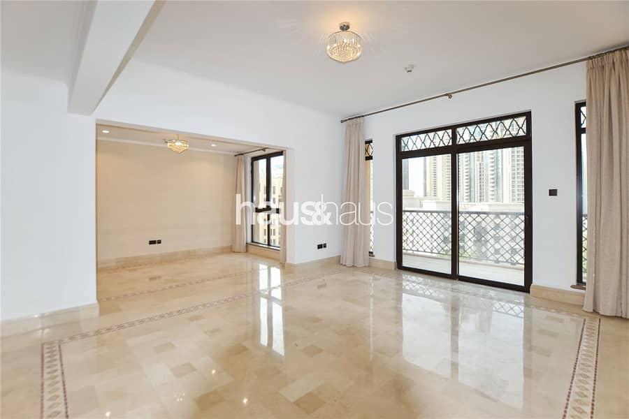 2 Exclusive   Top Floor   Perfect Condition