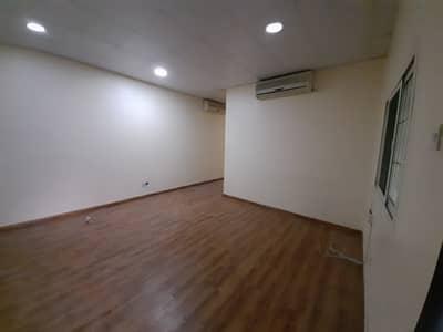 فیلا 3 غرف نوم للايجار في الورقاء، دبي - فیلا في الورقاء 3 غرف 60000 درهم - 4880073