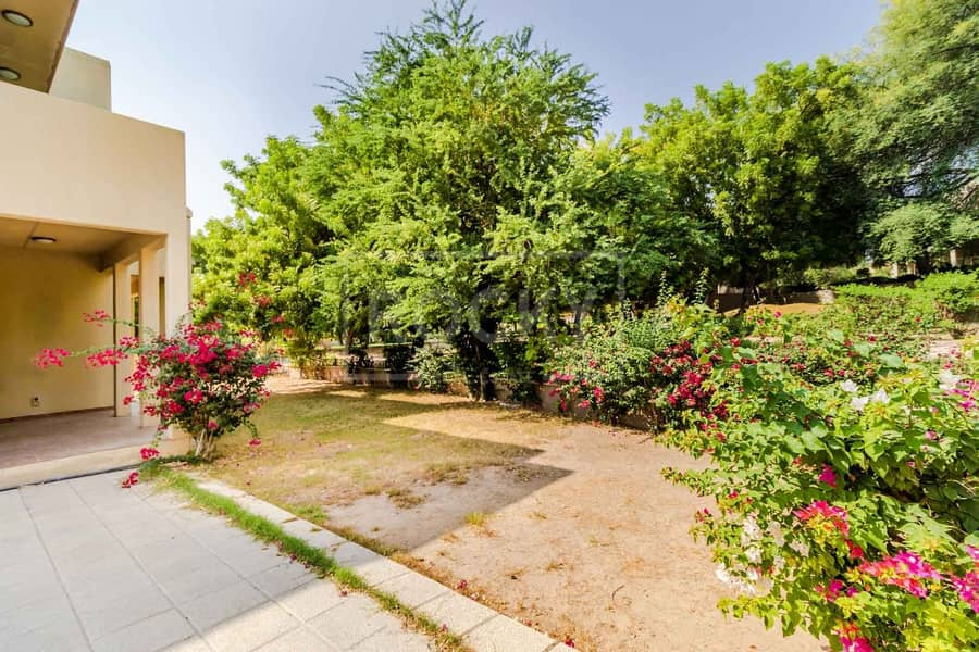72 Spacious | 3 Bed plus Maids | Vacant | Arabian Ranches