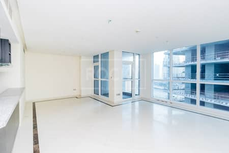 2 Bedroom Apartment for Rent in Dubai Marina, Dubai - 2 Bed plus Maids   Equipped kitchen   Dubai Marina