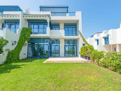 5 Bedroom Villa for Rent in Palm Jumeirah, Dubai - Beach Access | 5-Bed | Sea View | Palma Residence