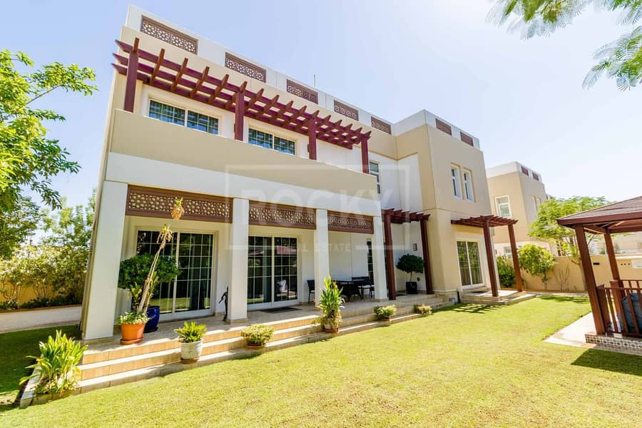 57 Vacant on Transfer | 5 Bed plus Maids | Mudon