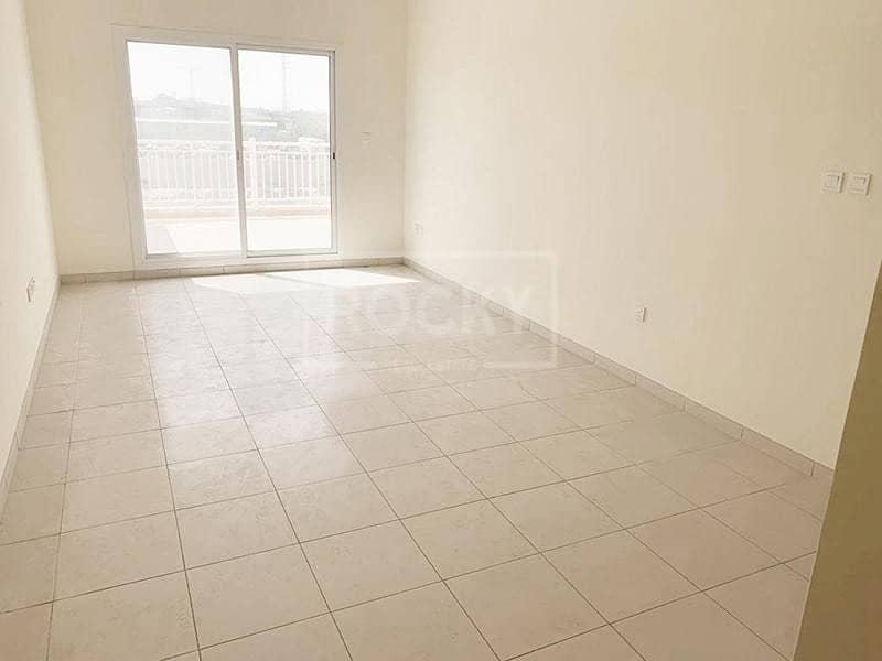 2 1-Bed | Covered Parking | Liwan