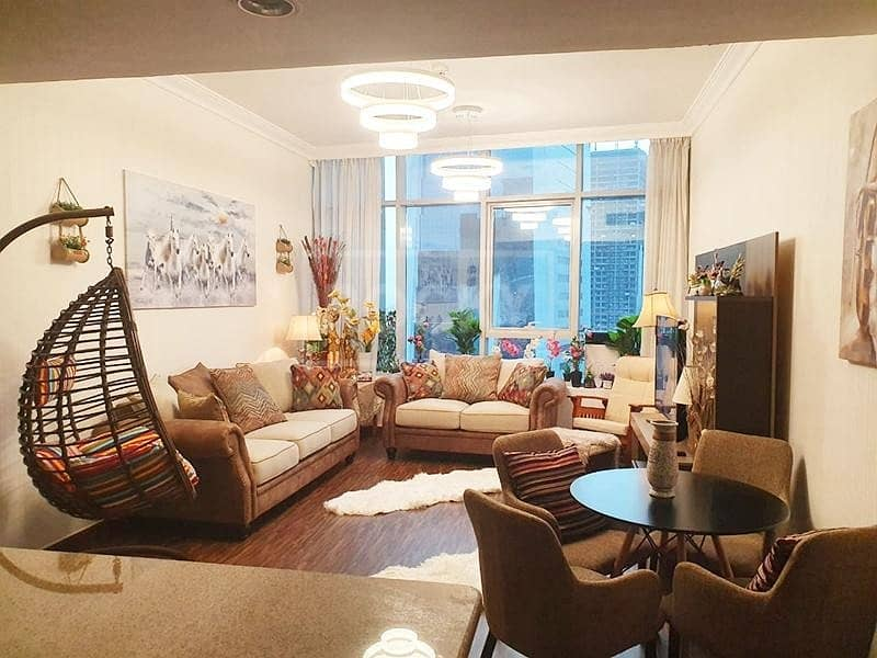 2 Multiple cheques    1-Bed   Partial Canal View
