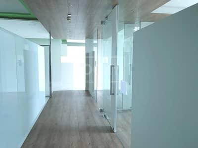 مکتب  للبيع في شارع الشيخ زايد، دبي - Office with Partition | High Floor | Latifa Tower