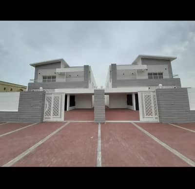 5 Bedroom Villa for Sale in Al Mowaihat, Ajman - Own your dream villa Modern European design and super deluxe finishing in Ajman, freehold for all nationalities