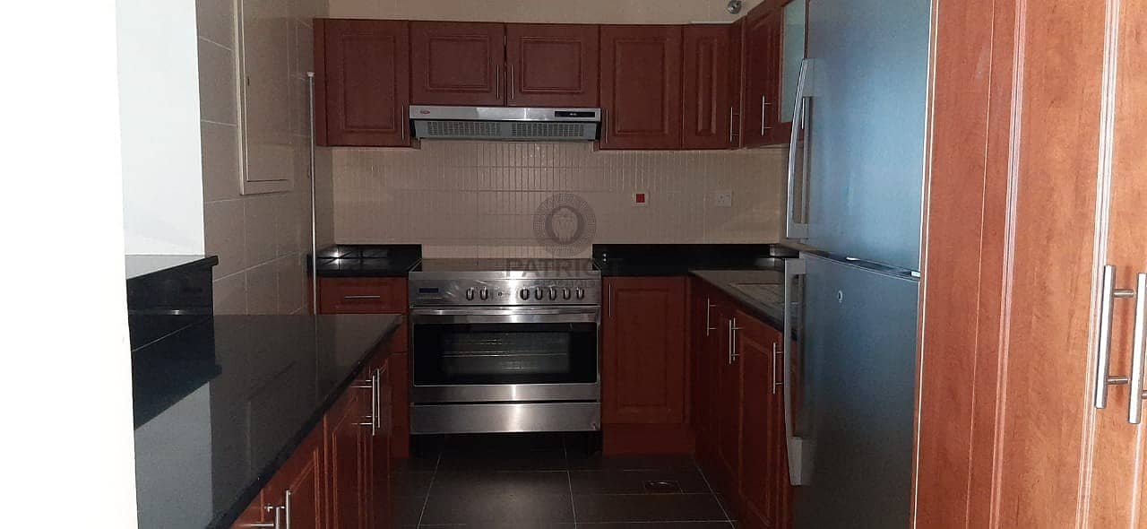2 Fully Furnished 1 Bedroom available in LAKESIDE RESIDENCE CLUSTER A