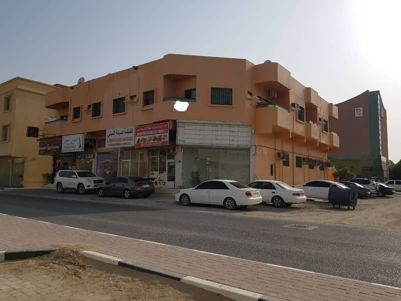 Building for sale in Ajman, Al Rawda 2 area, freehold for all nationalities at a special price