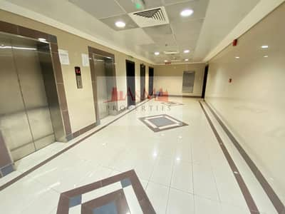 SPACIOUS.: One Bedroom Apartment with Store & Basement Parking in Mamoura for AED 55