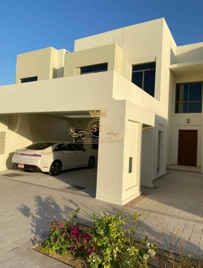تاون هاوس 3 غرف نوم للايجار في تاون سكوير، دبي - Stunning Location! 3 Bedrooms with Great View and Community