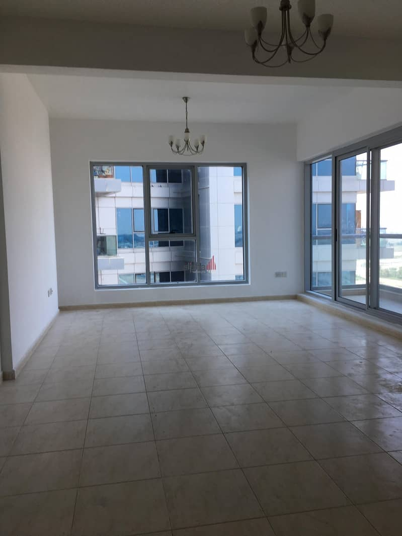 fantastic road view 2bed+balcony for 470K