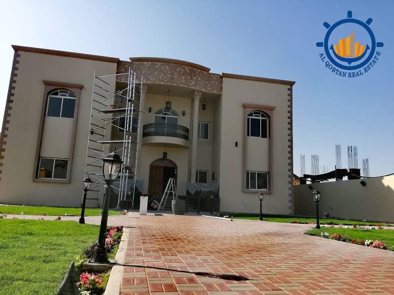 فيلا فخمة جدا للايجار بإمارة عجمان منطقة الجرف