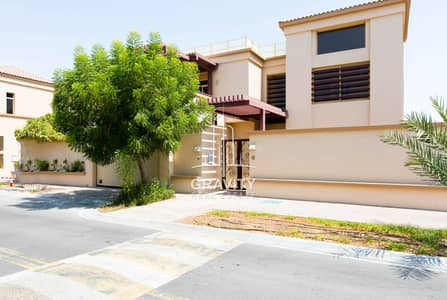 5 Bedroom Villa for Sale in Al Raha Golf Gardens, Abu Dhabi - Amazing 5BR Villa Perfect for investment
