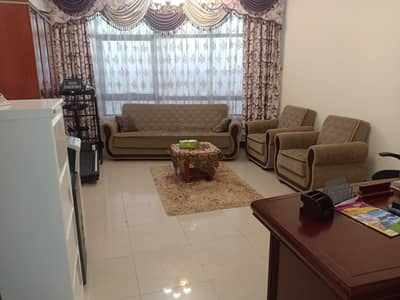 2 Bedroom Apartment for Sale in Al Majaz, Sharjah - For sale two rooms and a hall finishing Super Deluxe, excellent price,ownership title