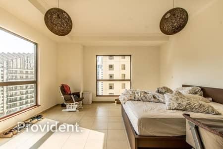 فلیٹ 3 غرف نوم للبيع في جميرا بيتش ريزيدنس، دبي - Glamorous Spaced Apartment with Stunning Views