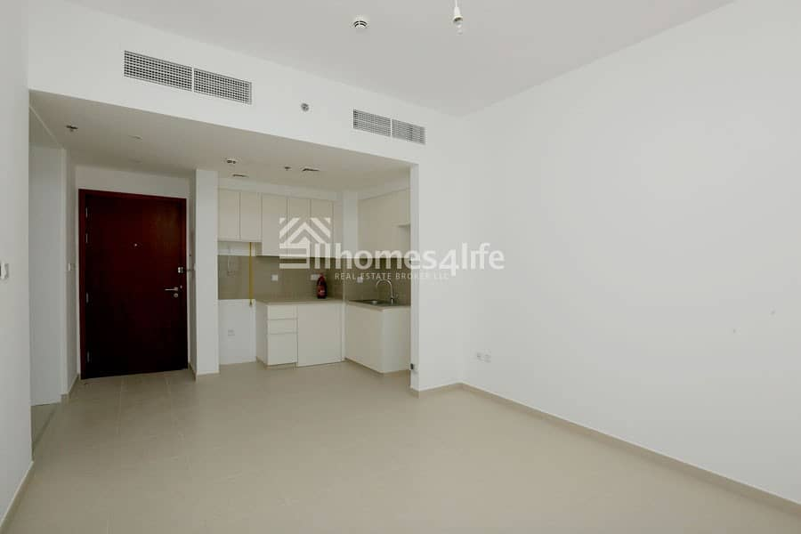 Amazing Panoramic Full Pool View 1 Bed Apartment