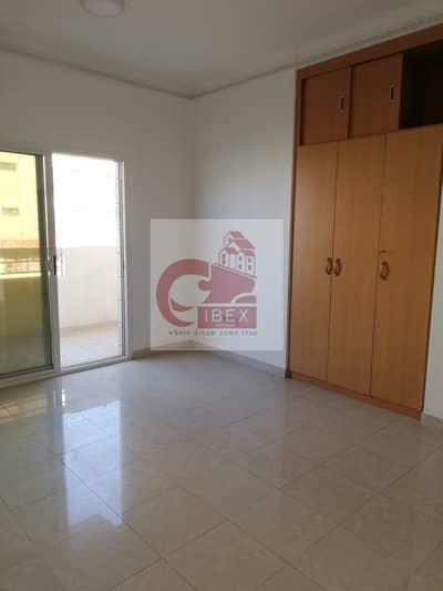 شقة 2 غرفة نوم للايجار في ديرة، دبي - Chiller Free  Elegant Finishing With All Facilities Al Qiyadah Metro