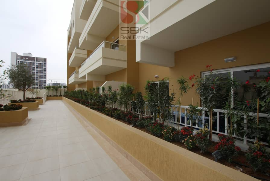 10 Offer  Spacious 1BHK @ 42k/year  1 month rent free 