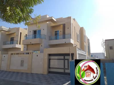 5 Bedroom Villa for Sale in Al Mowaihat, Ajman - Wonderful villa for sale with a large building area and harmonious finishes