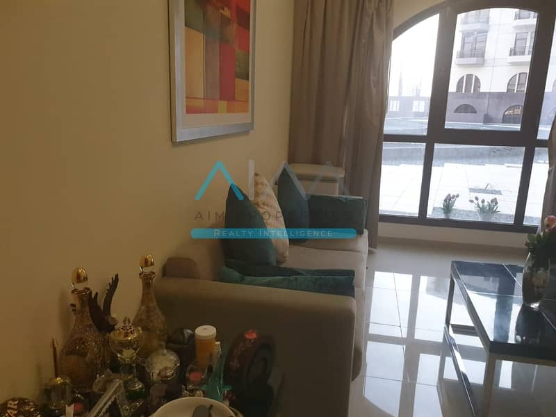 10 Dynamite Deal - Spacious Layout and Fully Furnished Studio for Sale - Lincoln Park Arjan
