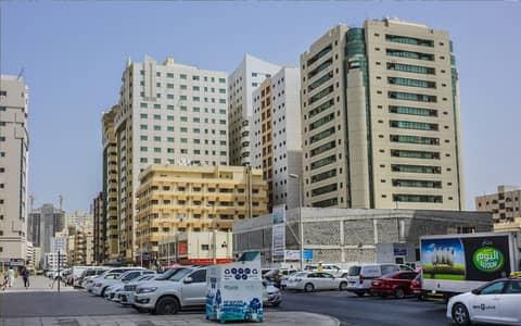 للبيع بنايه سرداب وارضي وسبعه طوابق   شارع عام  بمويلح  الشارقة  14 مليون