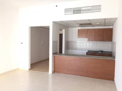 CHILLER FREE. . !! HUGE STUDIO APARTMENT 20,000 BY 6 CHEQUES