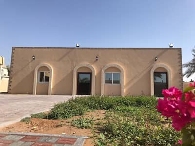 For rent a villa in Al Khuzamia / Sharjah, the second piece of the main street