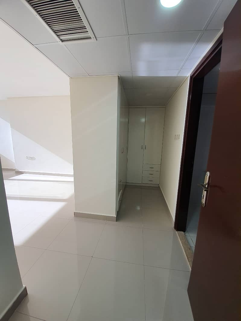 2 1 Month Free Captivating 4 Bedroom Duplex in Hamdan Street